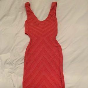 ⭐️SALE⭐️ Bebe Coral Side Cut-Out Dress M/L
